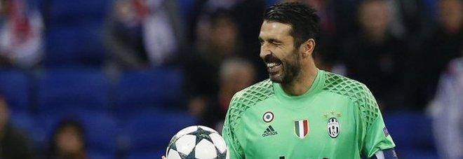 «Buffon alla guida del Club Italia» La proposta della Juve piace ai tre candidati