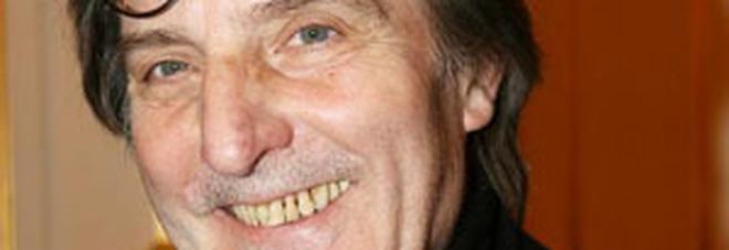 Emanuel Ungaro morto, lo stilista aveva 86 anni. I funerali domani a Parigi