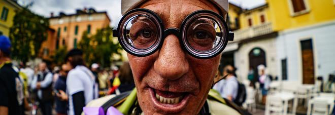Coppa Cobram, sul Garda una gara ciclistica sulle orme di Fantozzi