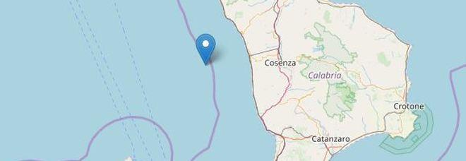 Terremoto di magnitudo 4.2 alla largo della Calabria, fermati i treni
