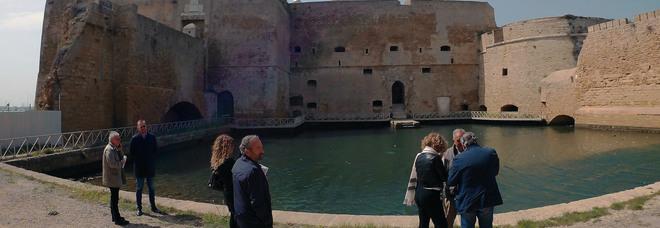 Il Castello Alfonsino tesoro italiano: scala la classifica del Fai