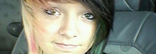 Vuole morire, ma non vuole suicidarsi: 19enne ingaggia un uomo per farsi uccidere