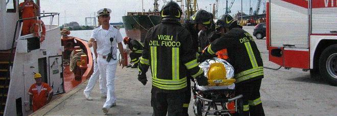 Infortunio mortale a Porto Nogaro  Operaio schiacciato dal muletto
