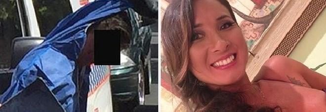 Uccide l'ex fidanzata incinta a colpi d'ascia: «Salti sulla pancia per essere sicuro che anche il bimbo morisse»