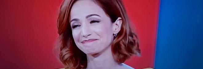Andrea Delogu scoppia in lacrime a Vita in Diretta, Marcello Masi: «Sei più di un'amica...». Poi il gesto inaspettato