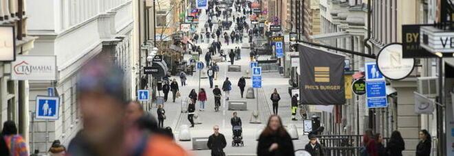 La Svezia ha fallito, niente immunità di gregge: «Più casi e più morti dei Paesi vicini»