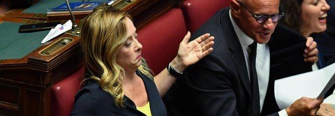 Governo, fiducia alla Camera, centrodestra attacca: «Traditi gli elettori, feremo dura opposizione»