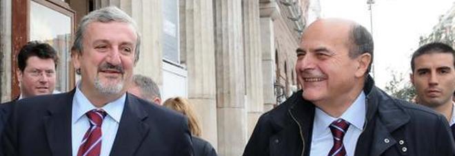 Pd, Bersani e D'Alema lasciano Emiliano resta e sfida Renzi