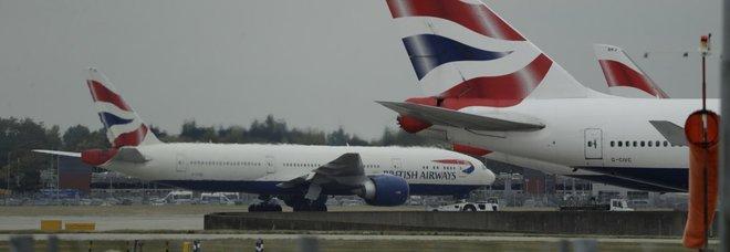 Regno Unito, sciopero dei piloti: British Airways costretta a cancellare quasi tutti i voli