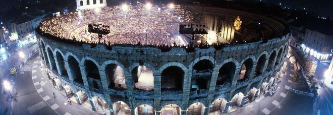 L'arena di Verona: il festival dura dal 22 giugno al primo settembre