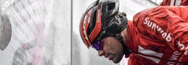 Giro d'Italia, a Frascati si ferma Dumoulin. Arrivati i primi avvisi di garanzia per il caso Aderlass