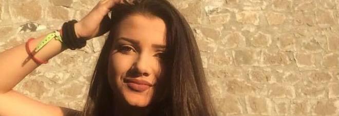 In ospedale per un malore viene dimessa: Aurora torna a casa e muore a 17 anni. Inchiesta per omicidio colposo