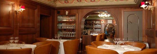 Il ristorante dell'Enoteca Achilli al Parlamento a Roma