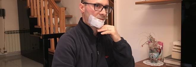 Massimo Lupi, titolare del negozio rimasto ferito al volto