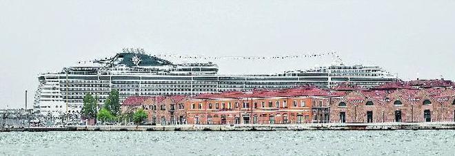 Il presidente del Porto stoppa l'albergo: avanti col museo del mare