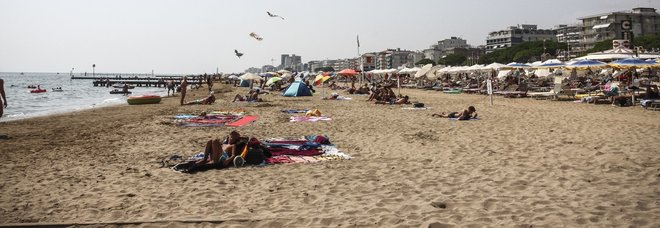 Ragazza violentata in spiaggia a Jesolo, Salvini: «Il senegalese aveva precedenti, roba da matti»