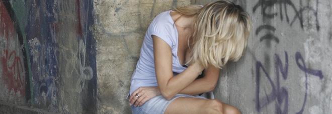 Udine, ragazza denuncia: «Io, violentata da uno straniero». Indagini in corso