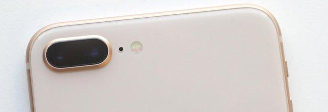 Apple, iPhone con batteria rallentata: sostituzione a 29 euro. Prezzo ridotto anche per iPhone che superano test