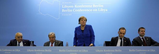 Libia, Sarraj: «Europei arrivati tardi e divisi». Salta la conferenza stampa congiunta