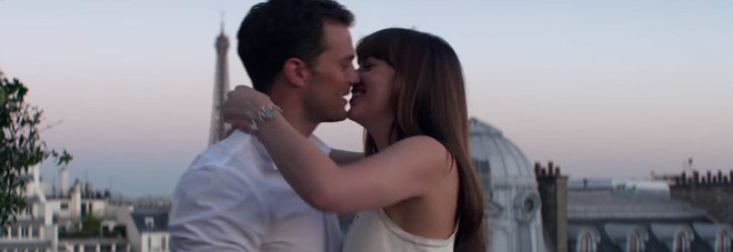 Jamie Dornan e Dakota Johnson in 50 sfumature di rosso