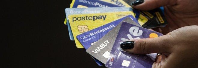 Phishing, tutti i risparmi rubati dalla Postepay: giudice condanna Poste a risarcire il cliente