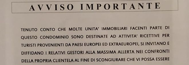 Coronavirus, l'avviso in un condominio a Roma: «Non affittate a turisti sospetti»