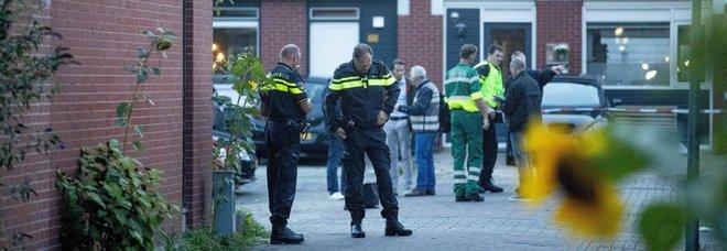 Sparatoria in strada a Dordrecht, in Olanda. «Almeno tre morti»