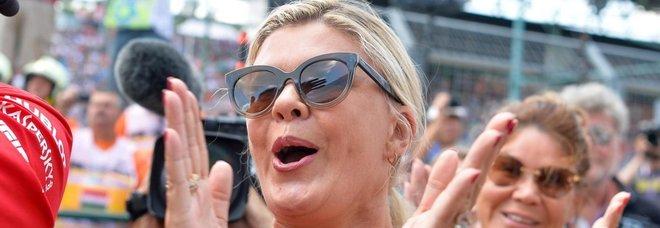Corinna Schumacher rompe il silenzio: «Grazie Michael per quello che ho»