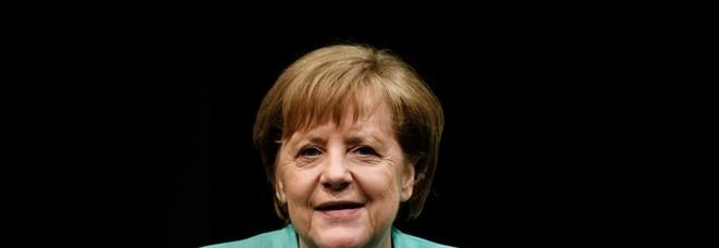 Oettinger, Merkel giochi un ruolo chiave in Ue