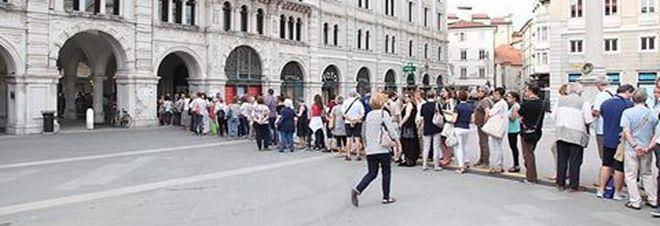 Basket e musica gratis mettono in fila  i cittadini: ticket concerto esauriti