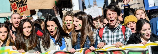 Chi è Miriam Martinelli, la 'Greta Thunberg italiana' che rischia la bocciatura: «Non mi interessa la scuola, il pianeta muore»