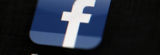 """Facebook, le accuse choc dell'ex manager: """"Bugie e disinformazione, sta distruggendo la società"""""""