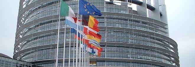 La Ue alza le stime sull'Italia:  «Pil a +1,5% ma prospettive  di crescita moderate»