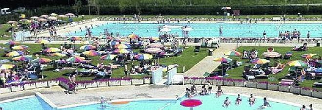 Giallo da 2,4 milioni per la transazione sul polo natatorio
