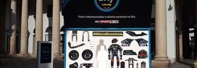 #ilGiocoRicomincia, a Milano parte il countdown del Motomondiale 2017 su Sky. Ecco cosa succede in piazza san Carlo...