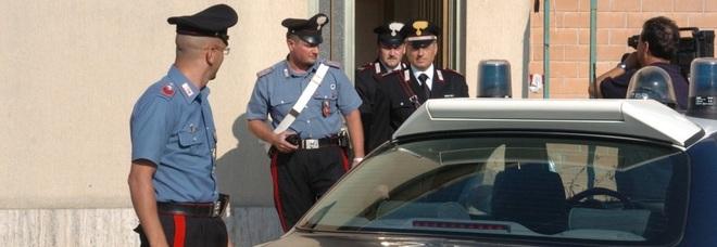 Porto Sant'Elpidio, violenza e minacce: marito-padrone allontanato da casa