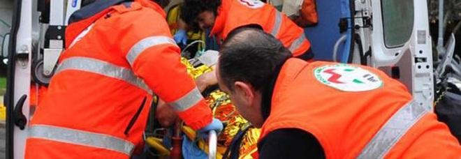 Ascoli, frontale sulla Salaria: due feriti gravemente, uno operato d'urgenza