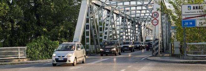 Ponte sul Po chiuso, Trenitalia potenzia la linea con quattro nuovi treni