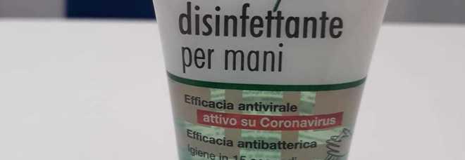 """Spunta il Gel disinfettante """"attivo su Coronavirus"""": l'orribile marketing della paura"""