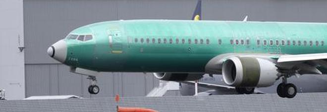 Boeing cancella il Natale: niente bonus per le feste ai dipendenti dopo gli incidenti al 737 Max