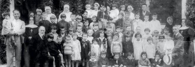 Alcuni dei bambini sopravvissuti di Gruaro