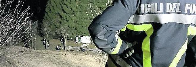 Vola col furgone per 40 metri nel dirupo: gravissimo maestro di sci 43enne