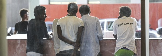 Diciotti, 34 migranti individuati a Ventimiglia su un pullman noleggiato da centro Baobab