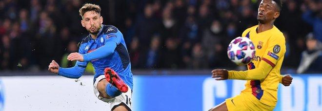 Napoli-Barça 1-1: Mertens come Hamsik ma non basta. Qualificazione aperta