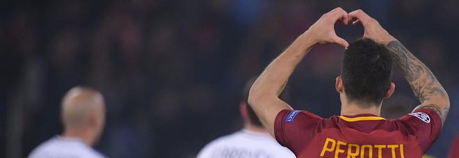 Roma, adesso è ufficiale: Perotti rinnova fino al 2021