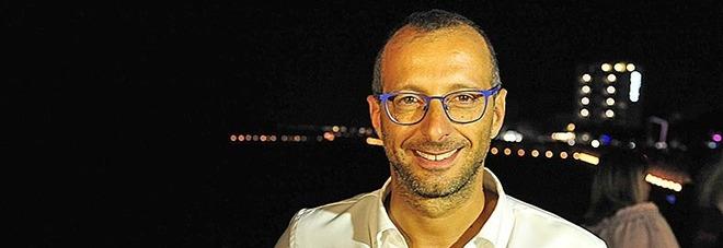 Pesaro, post al vetriolo contro il sindaco: «Un caffè al polonio non si nega mai»