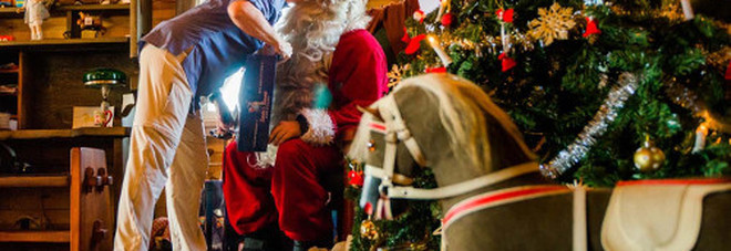 Viterbo: la Casa di Babbo Natale del Christmas Village 2016