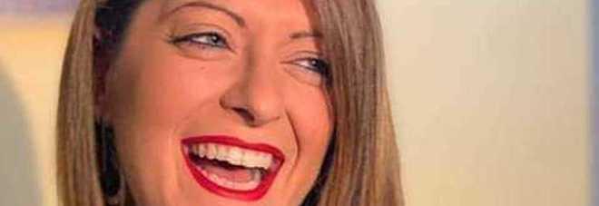 Roberta uccisa a 32 anni. Il fidanzato in lacrime: «Forse l'ho strangolata ma non ricordo niente»