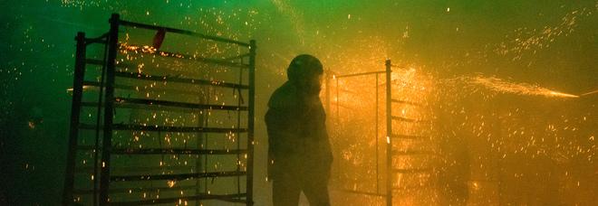 Il Beehive Fireworks Festival di Yanshui: i fuochi sono sparati verso il pubblico