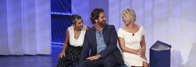 Gerard Butler e Giulia Michelini sono i super ospiti di C'è Posta per Te